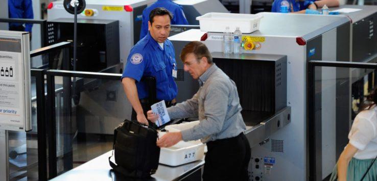 تقنية جديدة للكشف عن السوائل المخالفة في المطارات