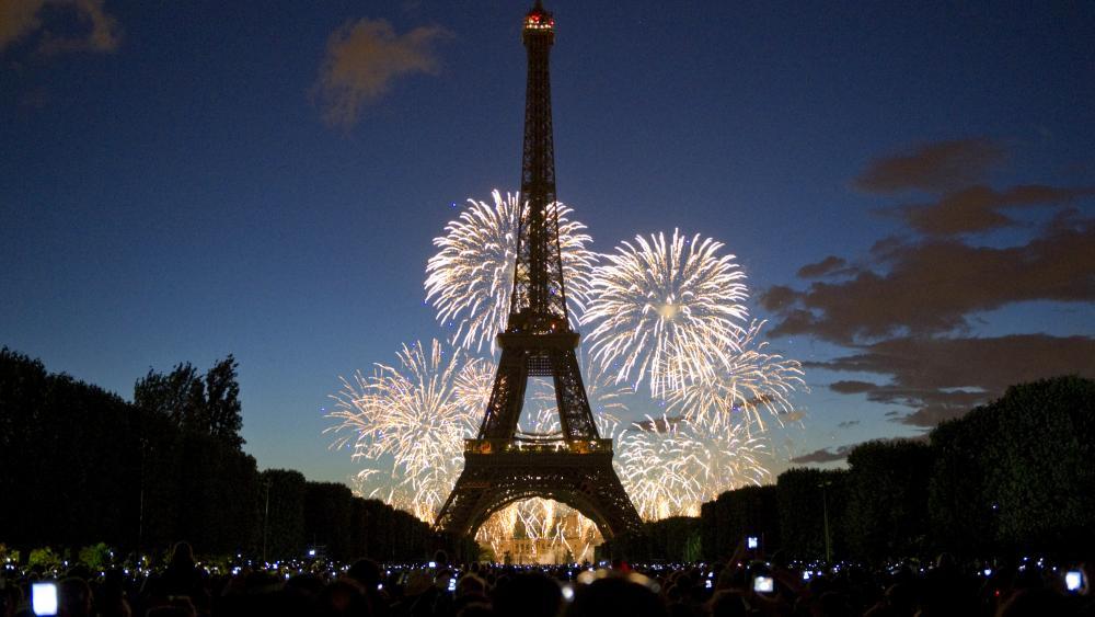 للعام الـ 20 على التوالي : فرنسا تتصدر دول العالم الأكثر زيارة والصين تستعد للانقضاض