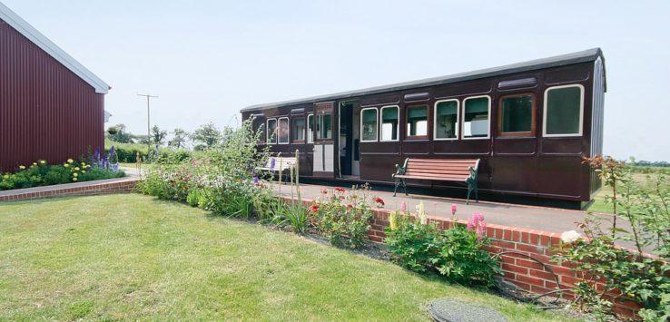 عربة قطار قديمة تتحول الى فندق في بريطانيا