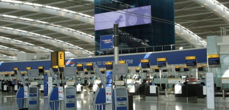 فرنسا تعلن فرض ضريبة جديدة على رحلات الطيران