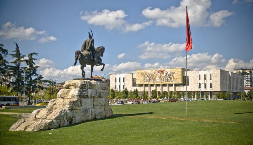 ألبانيا 4 نجوم قياسية